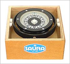Saura Wooden Box Compass